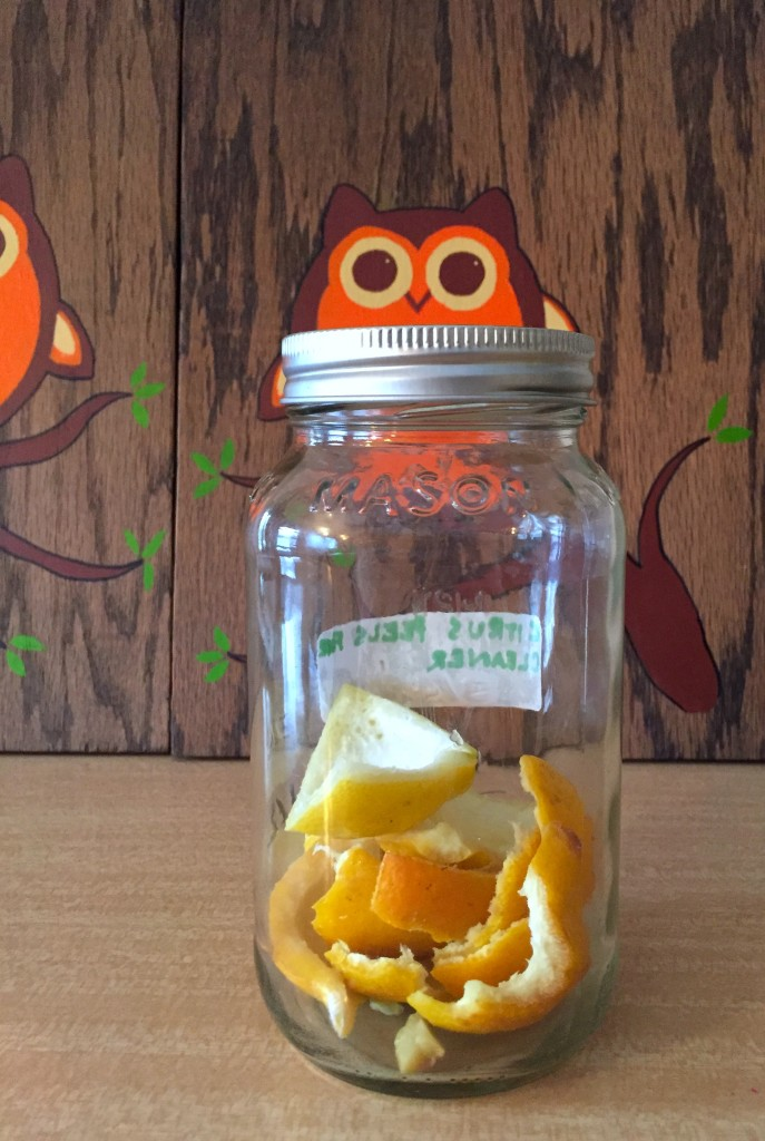 Mason jar with citrus1